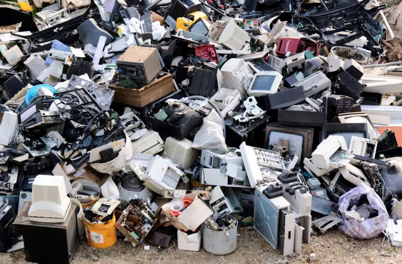 electronic waste to recycle